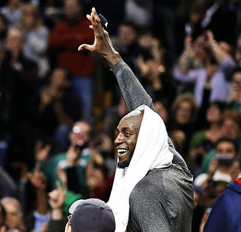 Pierce and Garnett get a Win in return to Boston   NBA News and Notes   Scoop.it