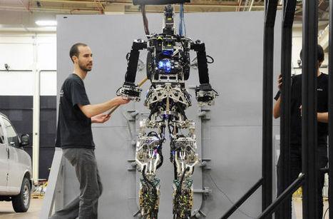Firefighting Robot Prepares To Walk Through Flames | Glow tendances | Scoop.it
