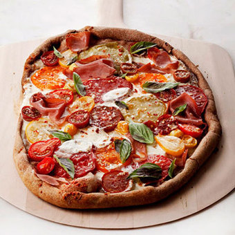 13 Easy Pizza Recipes Under 400 Calories | Eat in Healthy | Scoop.it