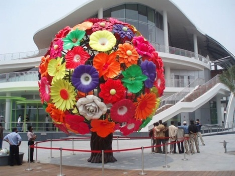 Giant Flower Tree Symbolizes Everlasting Nature - My Modern Metropolis | Le It e Amo ✪ | Scoop.it