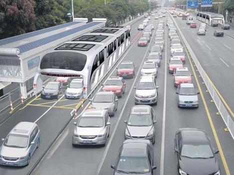 Chinos tienen un autobús que va por encima de los carros (Video) | | tecnología industrial | Scoop.it