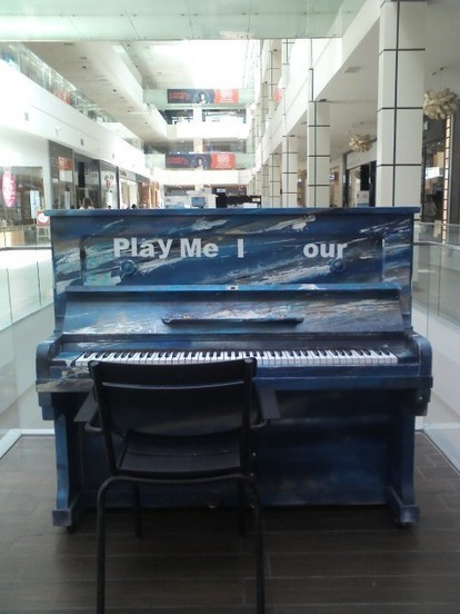 Pianos in my city - Disconnect Landscapes | DESARTSONNANTS - CRÉATION SONORE ET ENVIRONNEMENT - ENVIRONMENTAL SOUND ART - PAYSAGES ET ECOLOGIE SONORE | Scoop.it