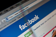 Nude Webcams and Diet Drugs: the Facebook Ads Teens Aren't Supposed to See - Wall Street Journal | Peer2Politics | Scoop.it