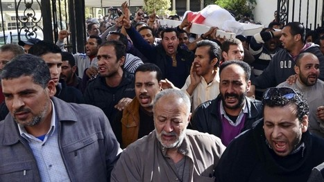 1 dead as protesters, police clash in two Egyptian cities | Égypt-actus | Scoop.it