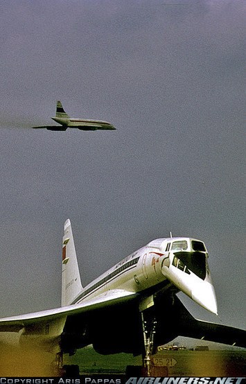Photos: Tupolev Tu-144 Vs. Concorde | Aviation & Airliners | Scoop.it