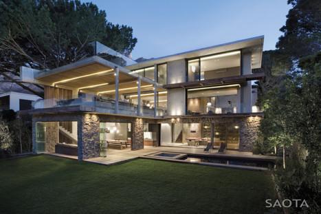 Superbe villa contemporaine avec vue panoramique sur l'océan, la forêt et Cape Town, Afrique du Sud   Construire Tendance   Scoop.it