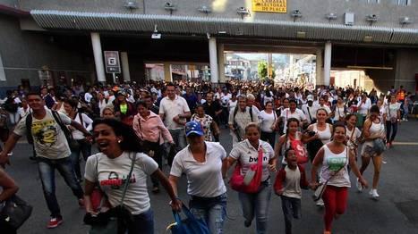 Une foule de Vénézuéliens franchit la frontière avec la Colombie pour s'approvisionner   Nature to Share   Scoop.it