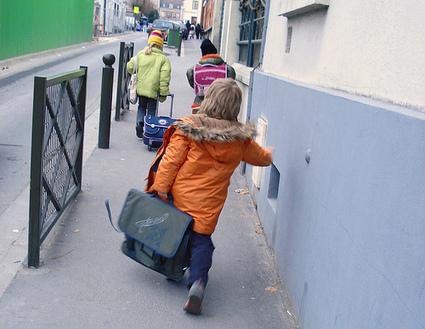 Conflit dans les écoles de Lyon à la rentrée : premières négociations mardi matin entre la CGT et la Ville | Lyon ma Ville | Scoop.it