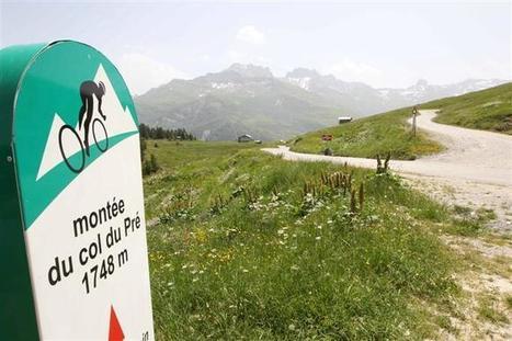 Albertville   Une carte postale, avec vue sur le mont Blanc et la Pierra Menta   montagne   Scoop.it