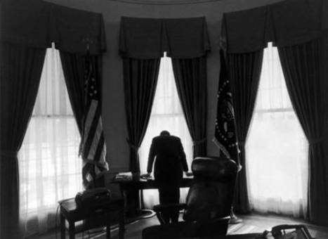 Kennedy's Last Days and the Cuban Missile Crisis and Two Great Resources to Teach Them! | Graphic Novels in Classrooms: Promoting Visual and Verbal LIteracy | Scoop.it