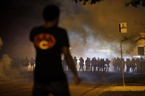 Palestinians share tear gas advice with Ferguson protesters | Cultural Geography | Scoop.it