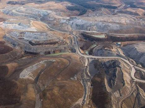 Aerial Photos Show The Sheer Destruction Of West Virginia's Mountaintop Removal Mining - Business insider | Mountain Top Removal | Scoop.it