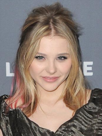 Chole Moretz: Colorful Hair Streaks: Beauty: teenvogue.com   Ultratress   Scoop.it