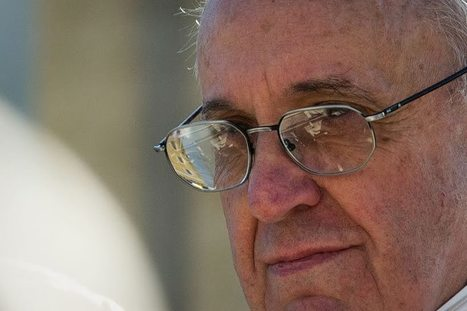 Pope Francis Continues Peace Appeals on Twitter - Aleteia | Peace | Scoop.it
