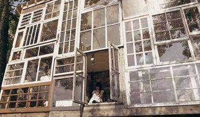 Un mur entier composé de vieilles fenêtres | Le flux d'Infogreen.lu | Scoop.it