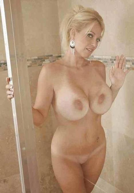 krasivie-i-golie-dami