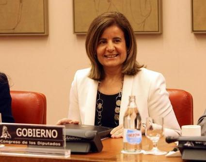 Ministerio de Empleo y Seguridad Social - Gabinete de comunicación - Ministra - Fátima Báñez anuncia que la Estrategia de Emprendimiento y Empleo Joven permitirá 400.000 incentivos anuales a la con...   Noticias Empleo   Scoop.it