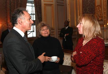 Rencontre de l'ambassadeur pour les droits de l'Homme avec la présidente de la Nobel women's initiative et prix Nobel de la paix 1997 (15.01.13) - France-Diplomatie-Ministère des Affaires étrangères | Du bout du monde au coin de la rue | Scoop.it