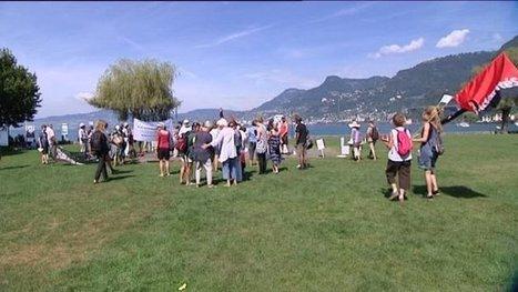 Une très courte manifestation contre le gaz de schiste sous le lac Léman - France 3 Alpes | STOP GAZ DE SCHISTE ! | Scoop.it