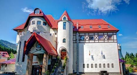 Halloween at House of Dracula - I explore Romania | Romania | Scoop.it