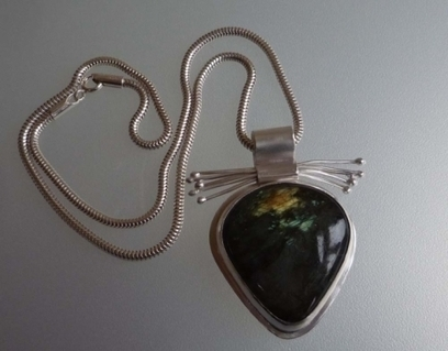 Artwork: Labradorite & Silver Pendant - Open House Art | Art - Crafts - Design | Scoop.it
