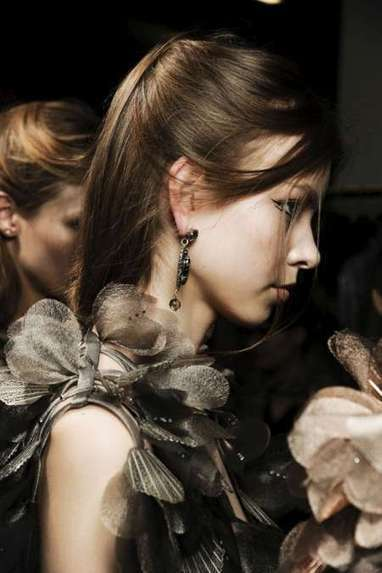 Picture 11927 « More AW 2011/2012 designer hair trends | ShinyStyle | kapsel trends | Scoop.it