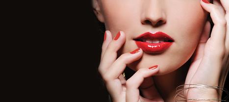 Procollagen Lipstick SPF 15 | ultima | Scoop.it