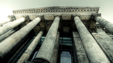 German Politicians Hosted a LAN Party in the Reichstag | All Geeks | Scoop.it