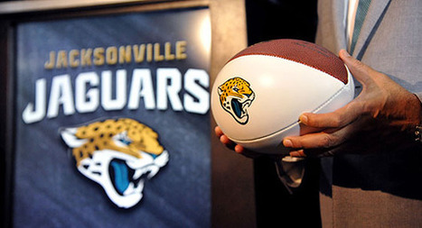 Gay Jaguars fan petitions team to end 'Kiss Cam' | LGBT Times | Scoop.it