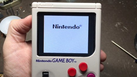 This Hacked GameBoy is Actually a Raspberry Pi With Hundreds Of Games | Raspberry Pi | Scoop.it
