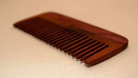 Use a Wooden Comb for Healthier, Static-Free Hair - Lifehacker | Haarverlängerung und Haarverdichtung mit Extensions | Scoop.it