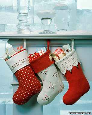 a99033_1201_stockings_xl.jpg (360x450 pixels) | Christmas stocking ideas | Scoop.it