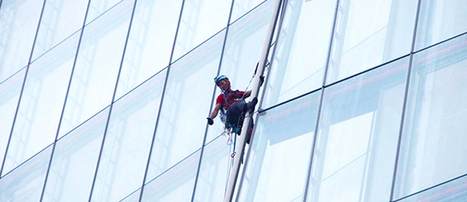 Six Women Scale Europe's Tallest Skyscraper to Protest Shell's Arctic Drilling | EcoWatch | Scoop.it