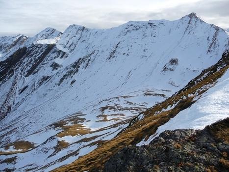 Sur la crête de l'Aiguillette. Quel est l'enneigement actuel ?|Le blog de Michel BESSONE | Vallée d'Aure - Pyrénées | Scoop.it