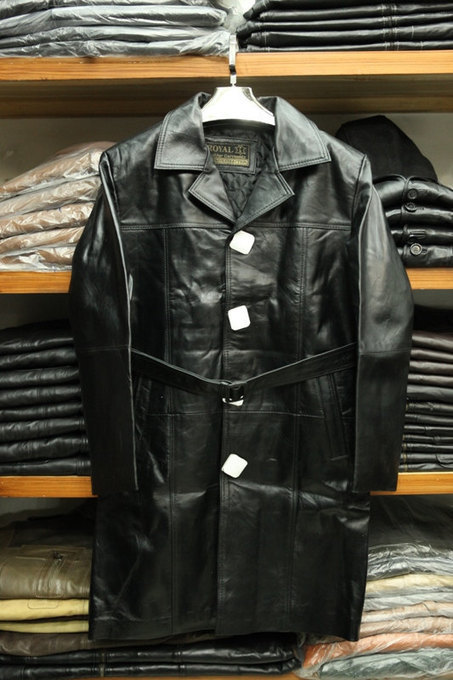 Handmade belted leather coat | Shopping | Scoop.it
