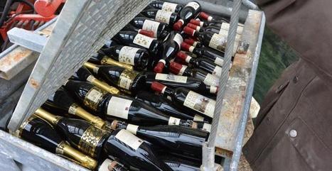 Des bouteilles de vin plongées dans le lac Léman - meltyFood | Ma Cave En France | Scoop.it