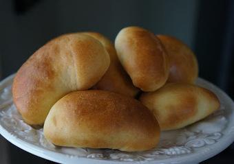 Good Food Michigan: Pīrāgi - Latvian Bacon Buns Recipe | Latvian cuisine | Scoop.it