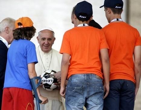 Papa pede aos políticos medidas para favorecer educação, desporto e trabalho, e diz que Igreja deve jogar ao ataque | Secretariado Nacional da Pastoral da Cultura | Fé e Cidadania | Scoop.it