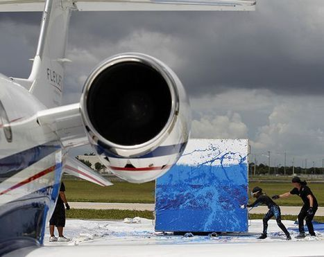 Artist Uses Powerful Airplane Engine as Paintbrush to Create Jet Art | Strange days indeed... | Scoop.it