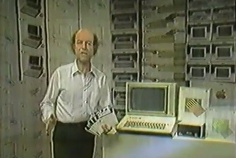 "Hilariously bad Apple IIe ad promises ""six tutorial diskettes"" with purchase 