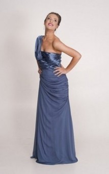 Evening and ball gowns | Bridesmaid dresses Perth | Scoop.it