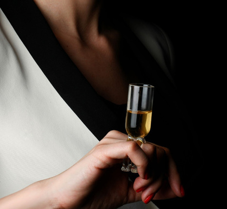 Wear Your Wine Glass As A Ring On Your Finger | art & illustration | Scoop.it