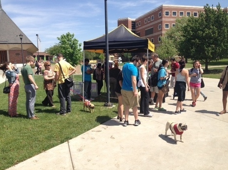 "WSU students ""Pet a Pug"" for finals stress relief - KWCH 
