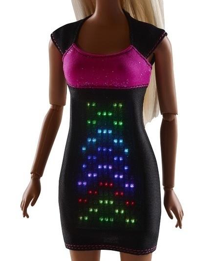 Et Barbie fait de la lumière : la nouvelle Barbie geek | Teknologic | Scoop.it