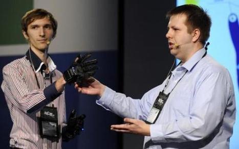 Technologie: Des gants qui restituent vocalement la langue des signes - Espace Francosourd | Interprète LSF - français | Scoop.it