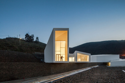 Minimalist High Performance Rowing Centre, Portugal | Innovative Design | Scoop.it