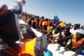 Three migrants drown, more rescued from boats off Egypt and Libya | Saif al Islam | Scoop.it