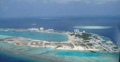 Aux Maldives, une île composée de déchets toxiques surgit de la mer - Rue89 | Actualités écologie et développement durable | Scoop.it