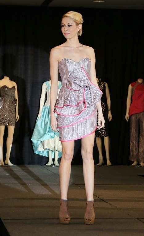 Las Vegas Design Students Unveil High-Fashion Gowns Made From Tablecloths, Napkins and Party Accessories | Best of the Los Angeles Fashion | Scoop.it