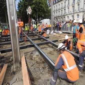 Nantes. Délicate opération à Commerce pour la Semitan | L'actu des tramways | Scoop.it